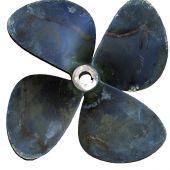 Repaired propeller: - Weld refilling - Ckracking reparation...